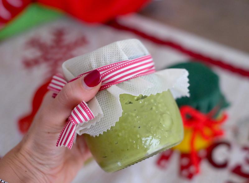 Albero di Natale di tramezzini: crema di piselli