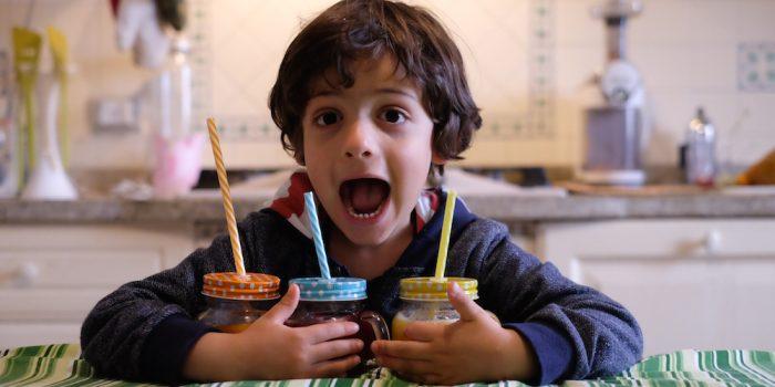 Far mangiare frutta e verdura ai bambini